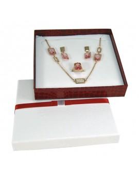 Caja de carton imitacion cocodrilo  con lazo para collar ATL11