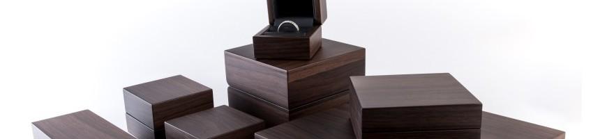 Estuches de madera para joyeria. Personalizamos los estuches con su lo